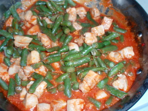Chiocken and Green Beans in tomato sauce