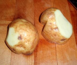 Trimming potato