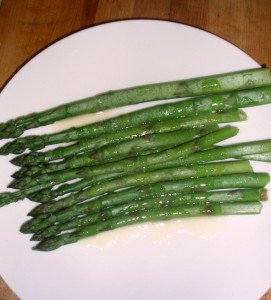 Fresh Asparagus with Lemon Butter - www.inhabitedkitchen.com