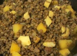 Lentil Vegeatble stew simmering - www.inhabitedkitchen.com