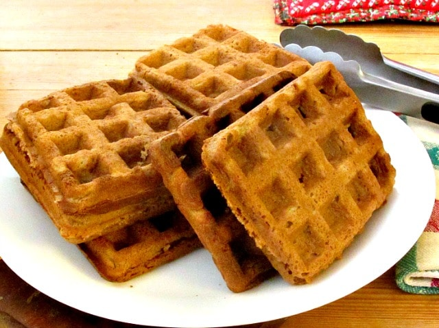 Gingerbread waffles - gluten free, sugar free, but light and crisp ...