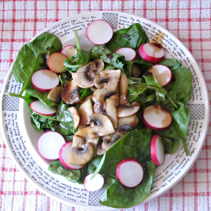 Wilted Spinach Mushroom Salad